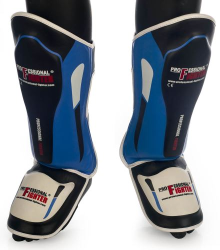 Chrániče holení a nártu Professional Fighter černo-modrá